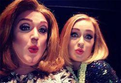 Em show, Adele convida ao palco sua sósia drag queen  Redação