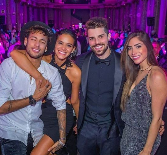 Neymar Daniel Alves Confira Os Boleiros Que Entraram: Alok E Maluma Cantam Em Festa De Aniversário De Neymar Em