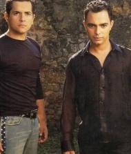 Cleiton e Camargo
