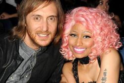 David Guetta e Nicki Minaj – Light My Body Up