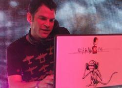 DJ Earworm letras