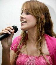 Eliz�ngela Paula