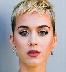 """121139w225 Katy Perry adia início da turnê mundial """"Witness"""""""