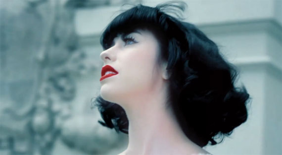 "Kimbra - Clipe: ""Two Way Street"""