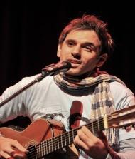 Luis Kiari