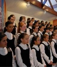 Meninas Cantoras de Petr�polis