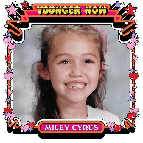 "121177 Miley Cyrus anuncia clipe de ""Younger Now"". Veja também a capa!"