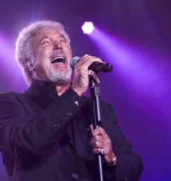 Tom Jones letras