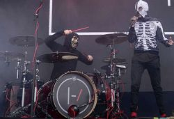 Twenty One Pilots letras