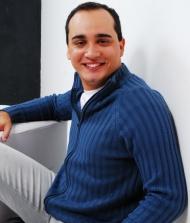 Victor Apolinário